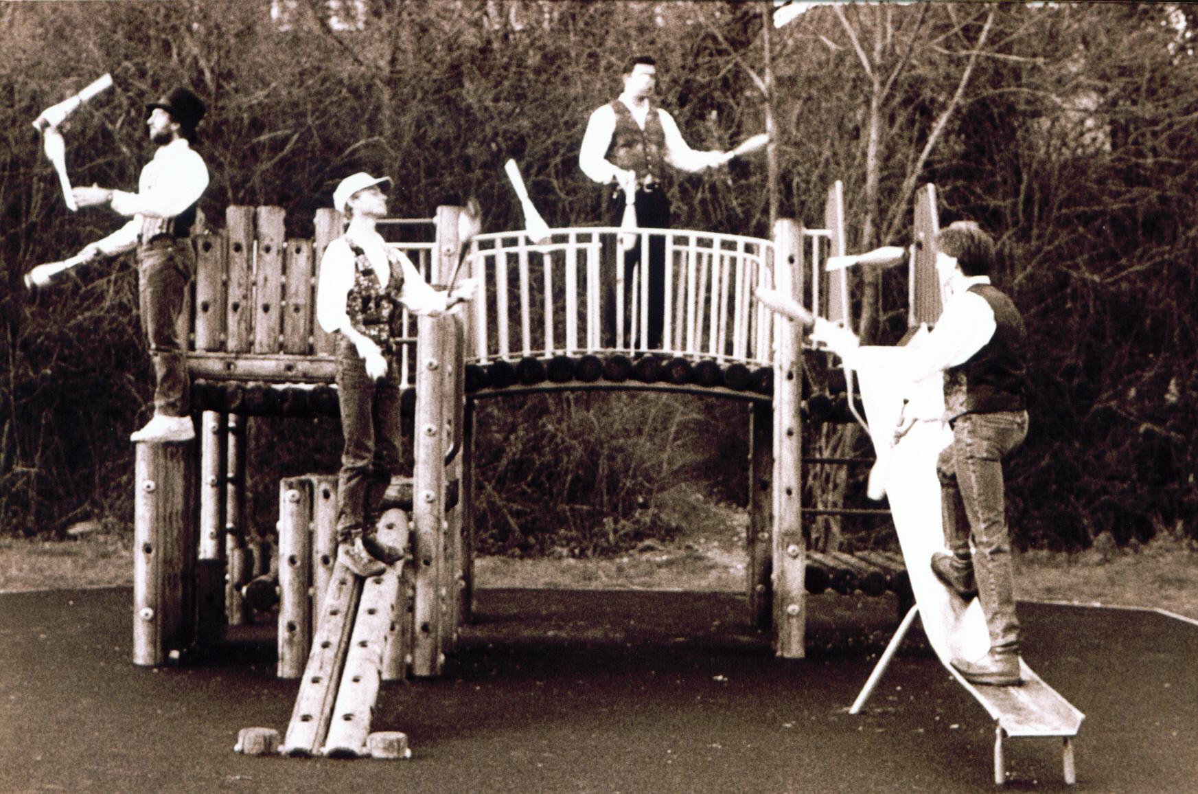 bw playground fiends