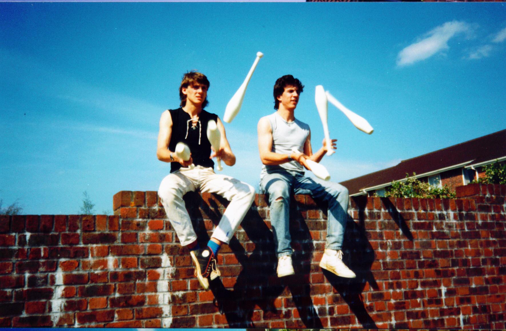 Wall juggling b